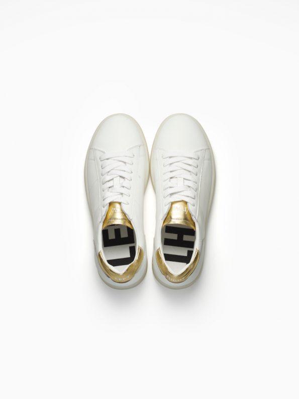 basic-metallic-141-gold-woman-2