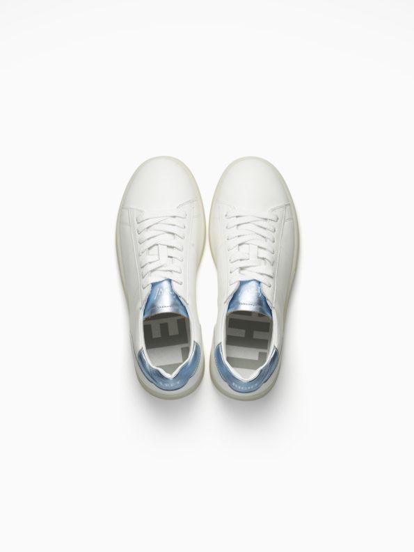 basic-metallic-138-white-light-blue